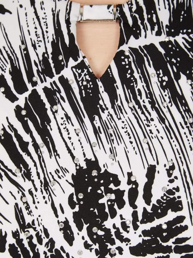 Izabel London Feather Leaf Chiffon Style Top