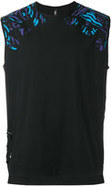 Versus destroyed back sleeveless T-shirt