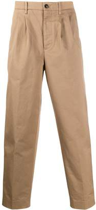Closed loose-fit chinos