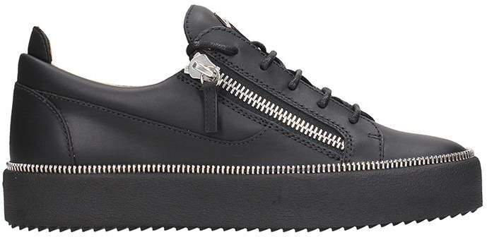 Giuseppe Zanotti Low-top Sneaker In Black Leather