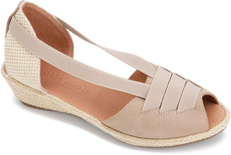 Gentle Souls By Kenneth Cole Luci Leather Sandal