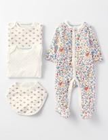 Boden New Baby 4 Piece Gift Set