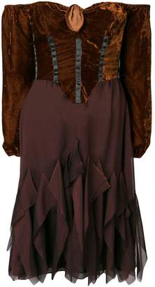 Romeo Gigli Pre-Owned off-shoulder flared dress