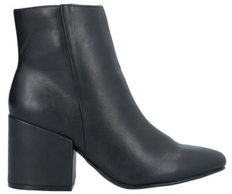 Madden-Girl Ankle boots