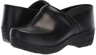 Dansko XP 2.0 (Black Pull Up) Women's Shoes