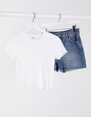 Glamorous fitted short sleeve t-shirt in white