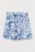 H&M Paper bag shorts