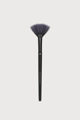 H&M Fan Brush