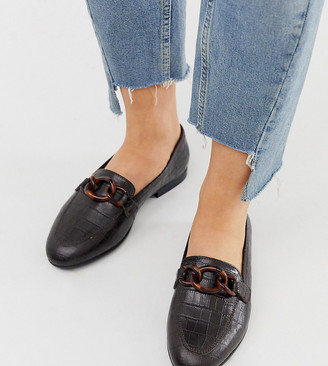 Asos Design DESIGN Wide Fit Verse chain detail loafer in chocolate-Brown