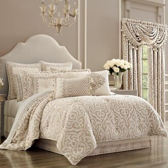 J Queen New York Milano Queen Comforter Set in Sand
