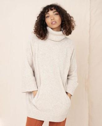 Beaumont Organic Nell Wool Jumper In Oat - Oat / Small