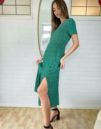 Style Cheat double split tea dress in emerald green animal spot