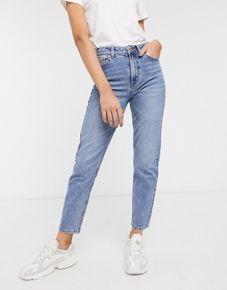 Only straight leg jean in blue