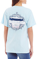 Lily Grace Oscar Wilde Ordinary Quote Graphic Short-Sleeve Pocket Tee