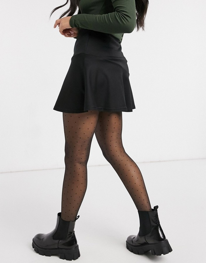 Thumbnail for your product : New Look flippy mini skirt in black