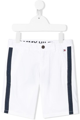 Tommy Hilfiger Junior Logo-Tape Chino Shorts