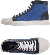 Exibit Sneakers