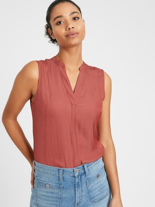 Banana Republic Petite Sleeveless Shirt