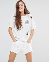 Pull&Bear Tshirt With Looney Tunes Badges