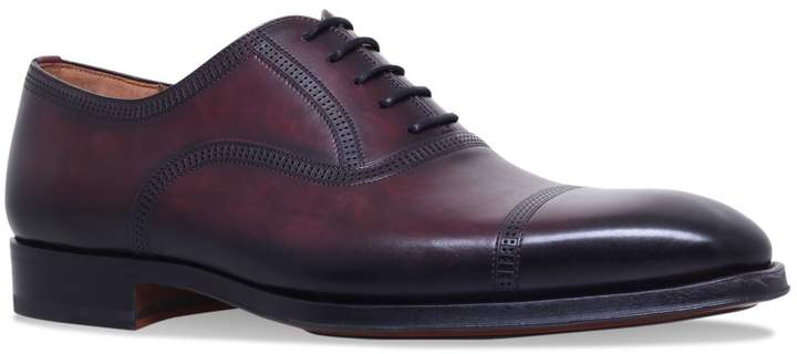 Magnanni Domino Punch Oxford Shoes