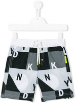 DKNY logo print swim shorts - kids - Polyester - 4 yrs