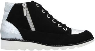 ROBERTO DELLA CROCE High-tops & sneakers