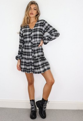 Missguided Petite Black Plaid Button Through Plunge Smock Dress
