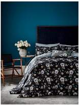 V&A Gardenia 100% Cotton Duvet Cover Set