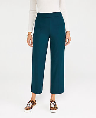Ann Taylor The Petite Easy Straight Crop Pant