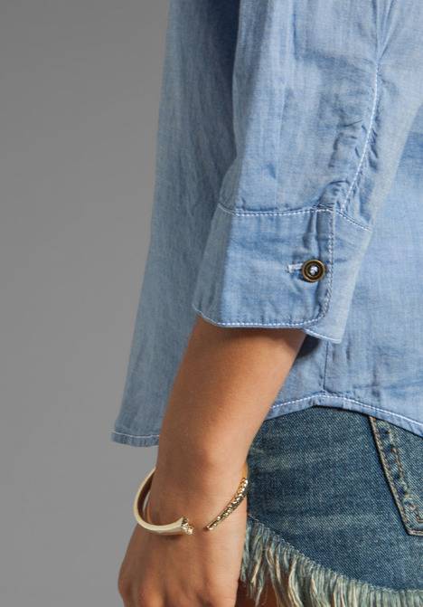 Velvet by Graham & Spencer Anabelle Classic Chambray Button Up