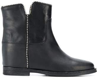 Via Roma 15 chain trim ankle boots