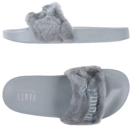 uk availability 669de 16922 Sandals