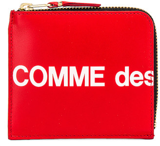 Comme des Garcons Huge Logo Wallet in Red | FWRD