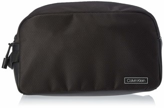 Calvin Klein Mens Revealed Washbag Shoulder Bag Black (Black)
