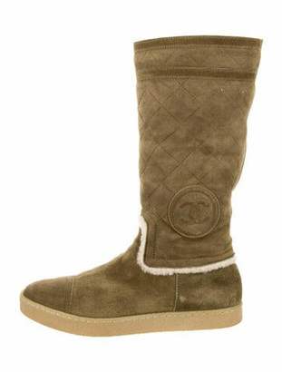 Chanel Interlocking CC Logo Shearling Boots Green