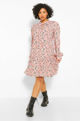 boohoo Plus Ditsy Floral Tiered Smock Dress