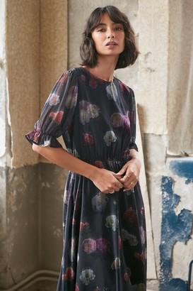 NA-KD Short Sleeve Flower Printed Chiffon Dress
