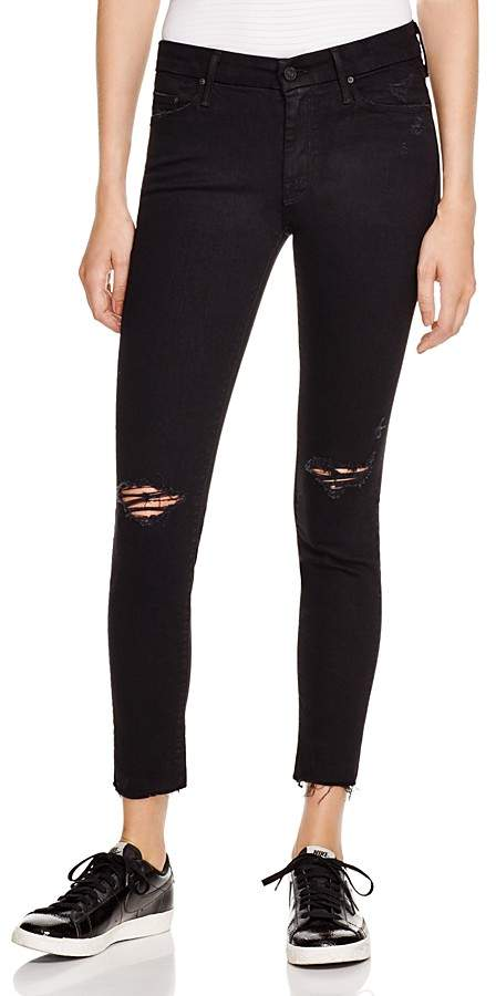 Mother Looker Ankle Fray Jeans in Guilty as Sin