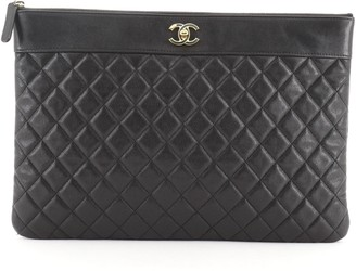 Chanel Mademoiselle Vintage O Case Clutch Quilted Sheepskin Large