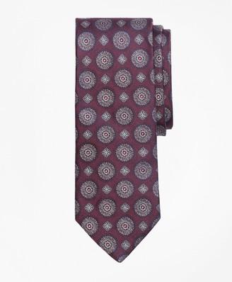 Brooks Brothers Multi-Medallion Tie