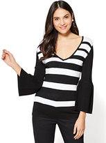 New York & Co. 7th Avenue - V-Neck Bell-Sleeve Sweater - Stripe