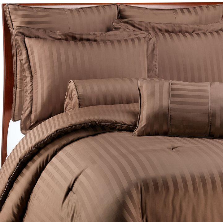 Wamsutta Damask Stripe Comforter Set in Chocolate