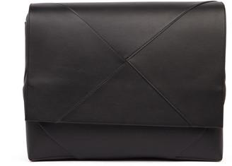 Bottega Veneta Black Calf Leather Messenger Bag