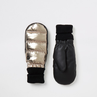 River Island Gold metallic leather padded cuffed mittens