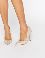 Paper Dolls Nissa Nude Stingray D'Orsay Pumps