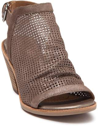 Sofft Milly Leather Block Heel Sandal