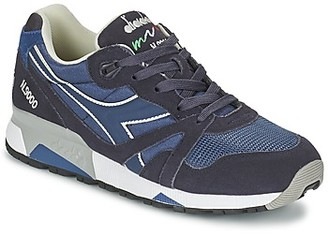 Diadora N9000 NYLON II women's Shoes (Trainers) in Blue
