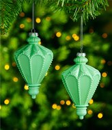 Southern Living Homestead Holidays Collection 2-Piece Milk Glass Finial Ornament Set