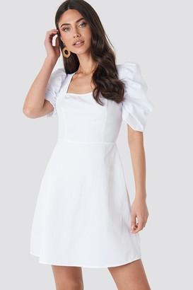 NA-KD Square Neckline Puff Sleeve Mini Dress