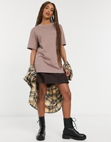 Thumbnail for your product : New Look boyfriend t-shirt in mink
